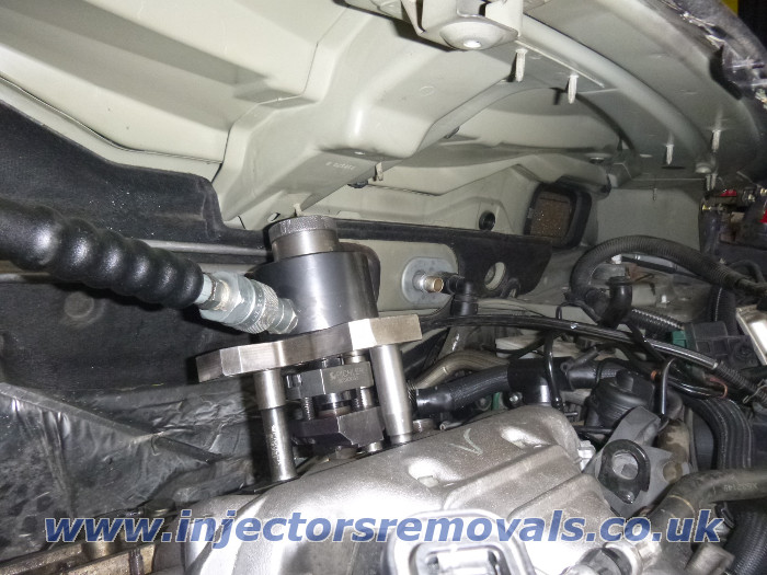 Injector removal from Peugeot / Citroen with 2.0