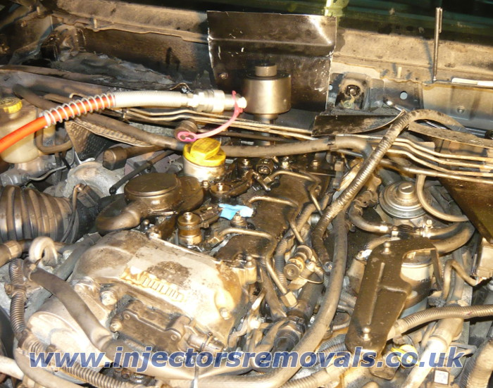 Injector removal from Jeep with 2.7 CRD engine