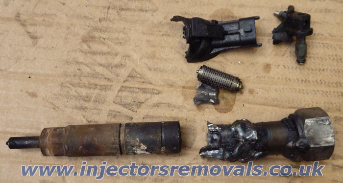 Removed injector from 3.0 Iveco EURO 5 engine