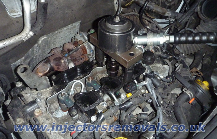 Injector removal from Renault Trafic / Opel