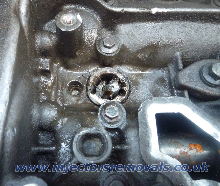 Snapped injector removed from Renault Trafic